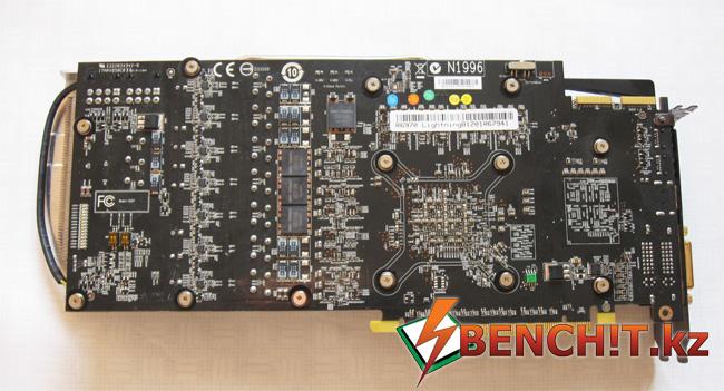 MSI R6970 Lightning - обратная сторона